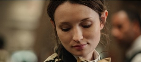 Emily-Browning-Laura-Moon-casino-530x353.jpg