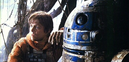 luke-skywalker-and-his-droid